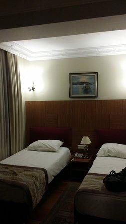 Hippodrome Hotel: CHambre double lit 1 place