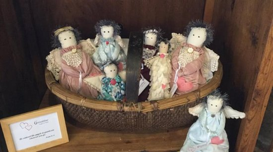Winterset, IA: dolls