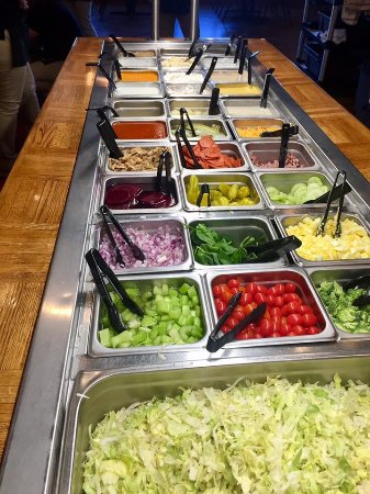 Clinton, SC: Our fresh salad bar!