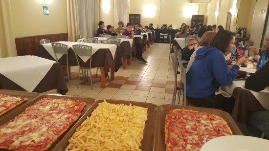 Abetone, Italia: 20170306_194655_large.jpg