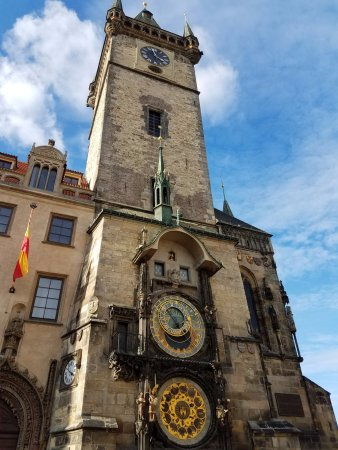 Jungmann: Astronomical clock and quick stroll through beautiful Prague!
