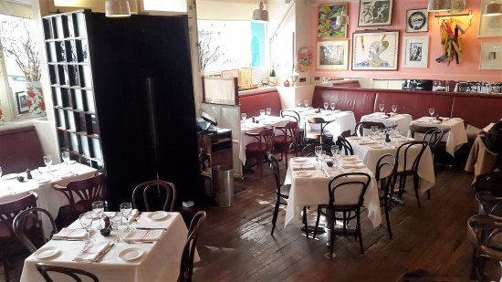 Photo of Italian Restaurant Antonucci Cafe at 170 E 81st St, New York, NY 10028, United States