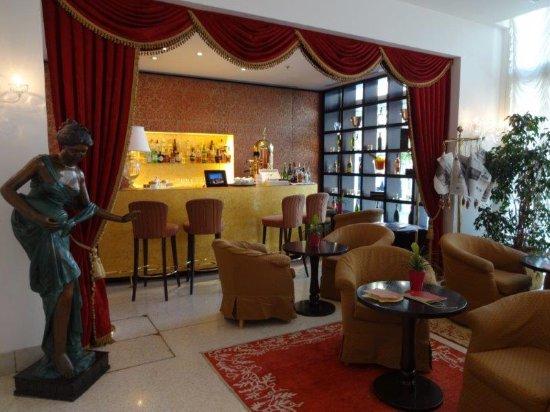 亞拉克米狄亞酒店照片