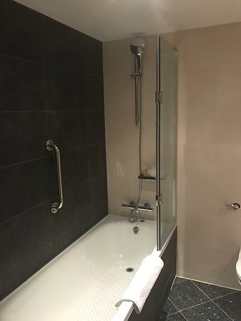 Hyatt Place London Heathrow Airport: photo2.jpg