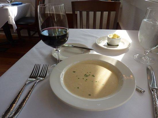 Alexander's Restaurant & Wine