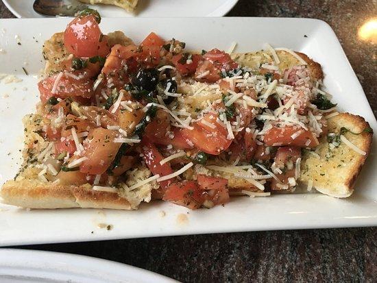 Wakefield, MA: delicious bruschetta