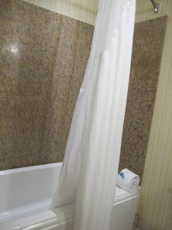 Ontario, OR: good shower - hot water