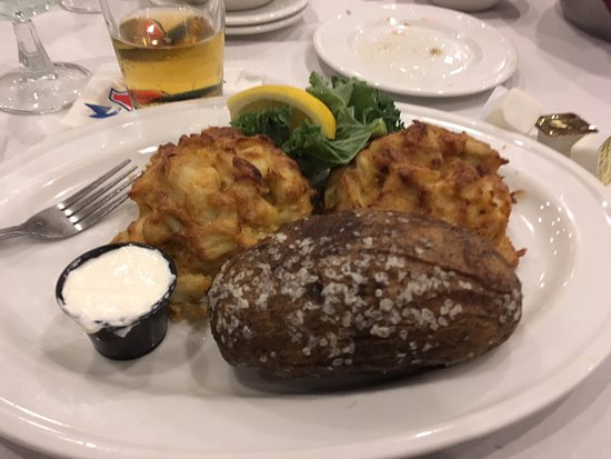 Linthicum Heights, MD: Double Crab Cake Platter