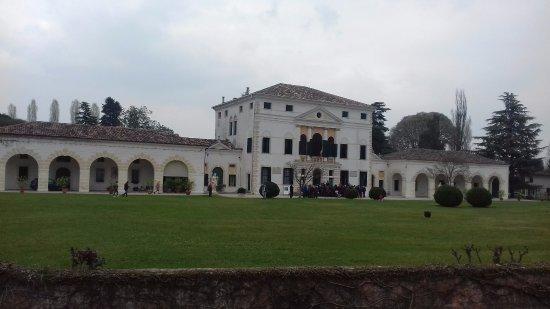 Villa Loredan, Valier, Stocco, Perocco di Meduna