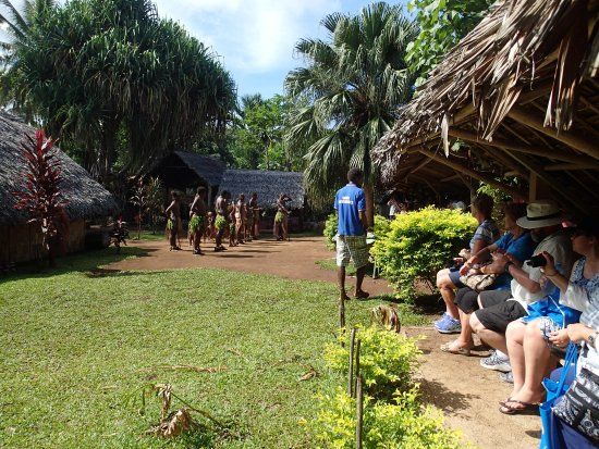 Santo Fire Walk & Cultural Tour: Seating and some shade