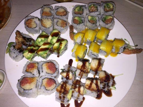Belleville, Canadá: Assorted Sushi