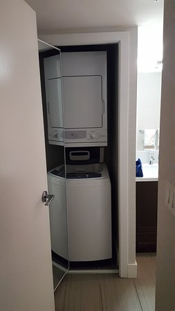 Sandman Hotel Suites Abbotsford Full Size Washer And Dryer