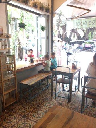 Sister Srey Cafe: photo0.jpg