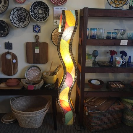 Olimpia, WA: Beautiful lamps from the Philippines made with real leaves!