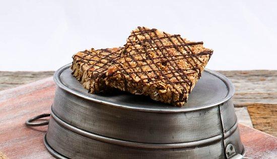 เชสเตอร์ฟีลด์, มิสซูรี่: Oats and Honey Granola Bar