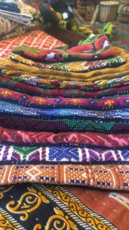 Olimpia, WA: Traditions Fair Trade Textiles