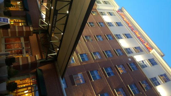 Hampton Inn & Suites Oklahoma City / Bricktown : 20170317_195205_large.jpg
