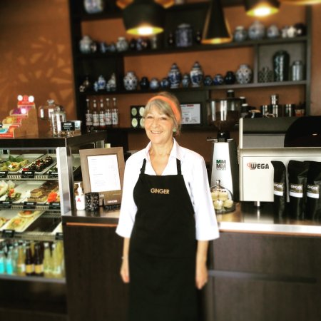Richmond, Nova Zelândia: Donna always ready with a welcoming smile and good coffee