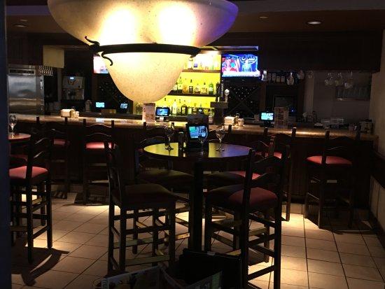 Vienna, VA: Bar area
