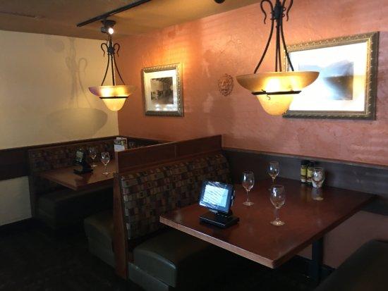 Vienna, VA: Dining area