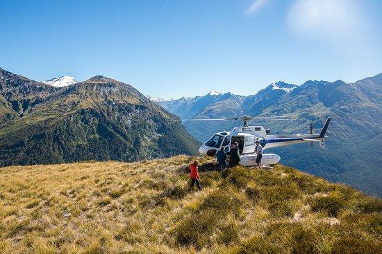 "Ultimate Wanaka's ""Alpine Lakes Heli Hike"" 1/2 day combo activity"