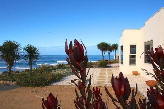 Saltwater Sunrise Villa