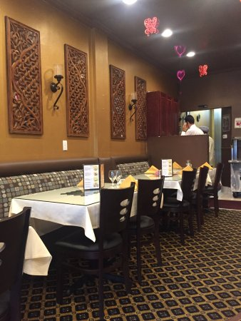 Arcadia, Kaliforniya: Dining room of Nirvana