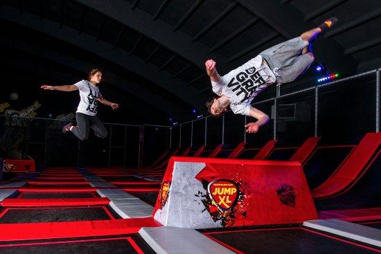 Stunt Blocks - Jump XL Trampoline Park Waalwijk