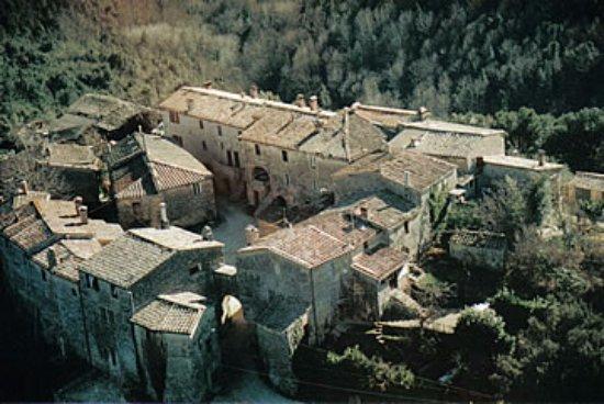 Monticiano, Italië: Castello di Tocchi dall'alto