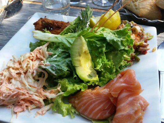 Aubagne, France: Salades de la mer pas top