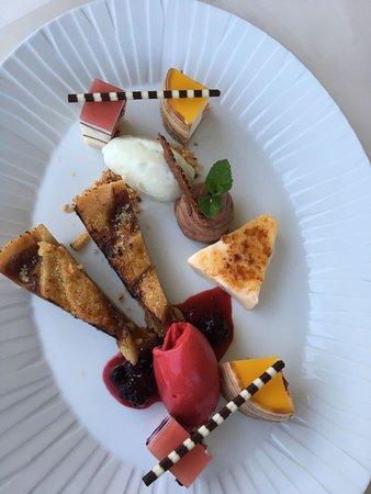 Zeltingen-Rachtig, Germania: Dessertvariationen nach Art des Hauses