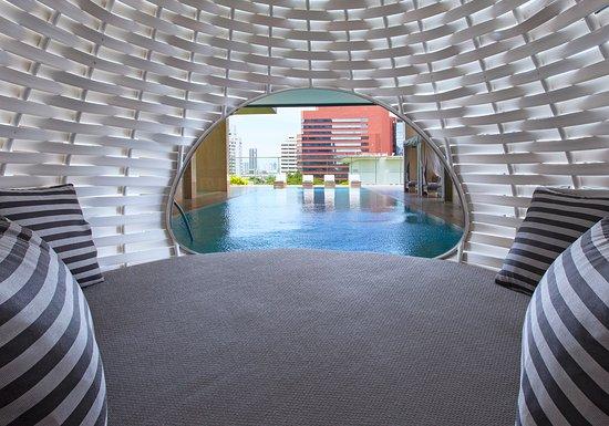 Oriental Residence Bangkok: Pool