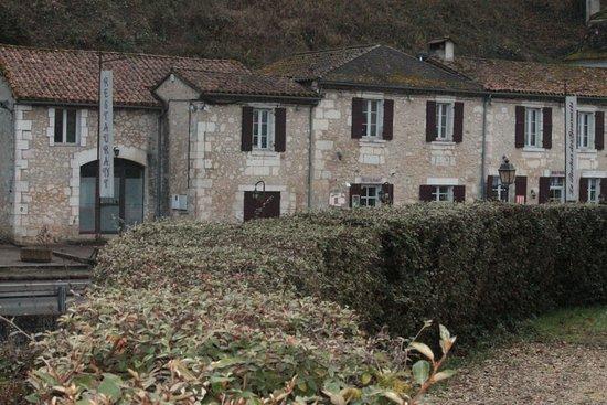 Sourzac, Francja: Vue du restaurant depuis l'église