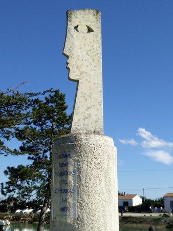 Boyardville, France : Hommage à Charles Baudelaire