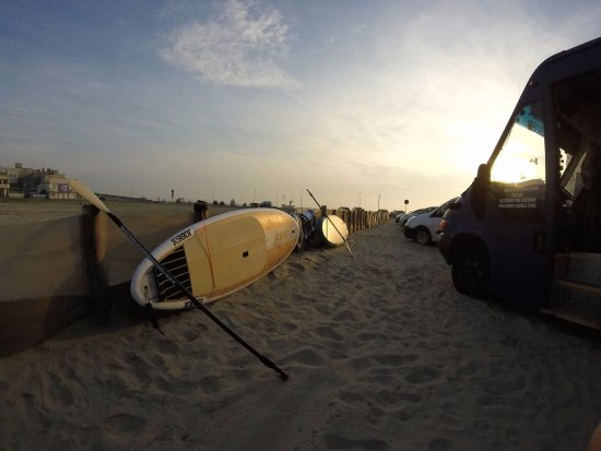 Mytchett, UK: Life on the beach