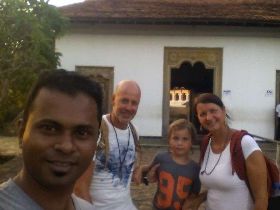 Katunayake, Sri Lanka: A4 Tours