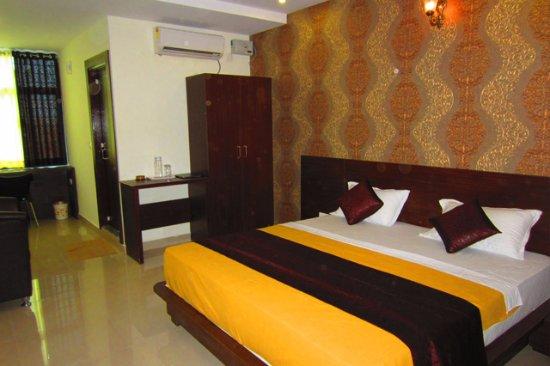 Hotel Samanvi International