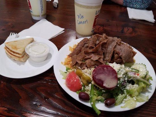 Little Greek Fresh Grill: Gyro platter