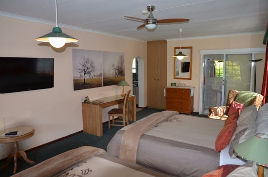 Edenwood Guest House : Forest View Suite 2 x queen beds