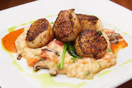 Morristown, Nueva Jersey: Blackened Spicy Scallops