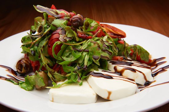 Morristown, NJ: Caprese Salad