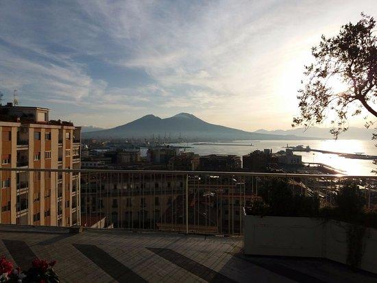 Hotel Mediterraneo Napoli - Terrazza colazione panoramica - Foto di ...
