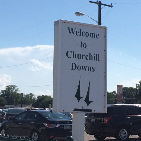 Churchill Downs: Welcome
