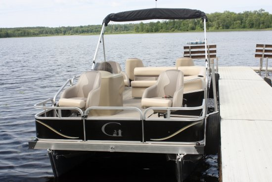 Squaw Lake, MN: Boat and Pontoon rentals