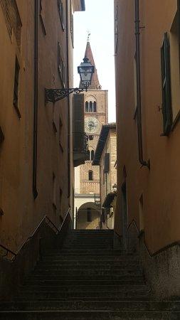 Cattedrale Nostra Signora Assunta : Scorcio sulla cattedrale