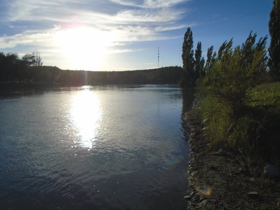 Rio Colorado, Argentina: Río Colorado casi al amanecer, (cerca del hotel)