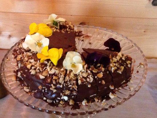 Camporgiano, Italy: Torta di cioccolato al rum