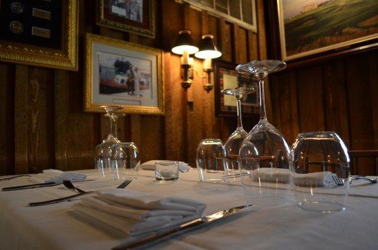 Hot Springs, VA: Elegant dining in the Golf Academy