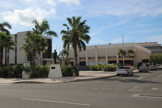 George Town, Grand Cayman: Georgetown Town Centre