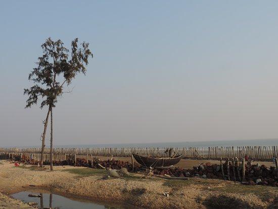 Digha, India: Beach